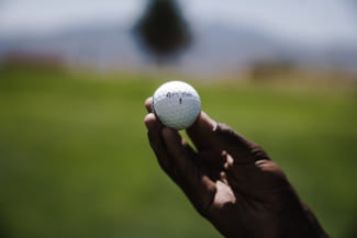 ゴルフをもっと楽しくする!ゴルフにおすすめなアイテム20選